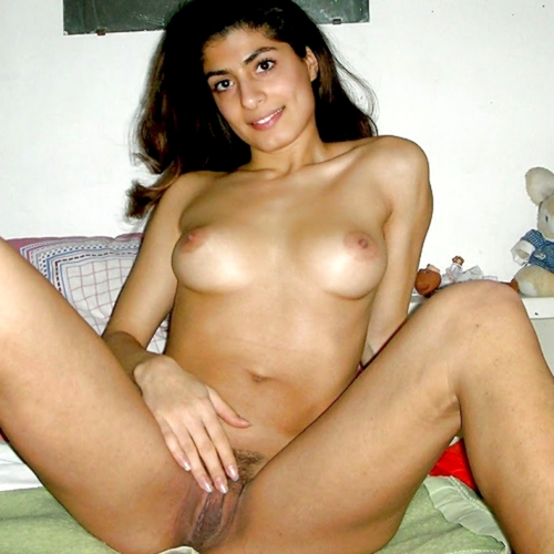 lebanese-over-exposed-nak-girls-photos-khan